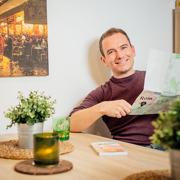 Alexander, 33