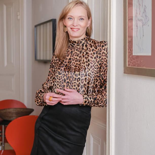 Anna, 38